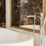 gadient-referenz-badezimmer-badewanne